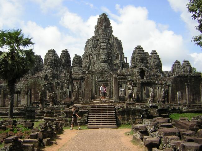 VIAJES A CAMBOYA DESDE ARGENTINA - Camboya /  - Buteler en India
