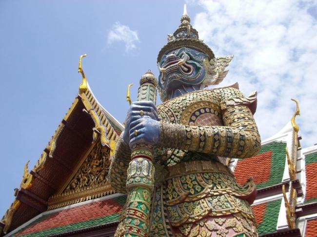 VIAJES A LA INDIA, TAILANDIA Y SINGAPUR - Buteler en India