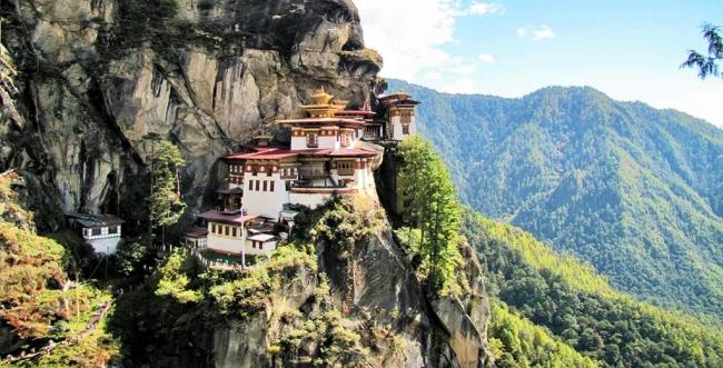 SALIDAS GRUPALES A NEPAL, TIBET, BUTAN Y CALCULTA - Buteler en India